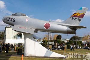 http://flying-wings.com/plugins/content/sige/plugin_sige/showthumb.php?img=/images/airshows/18_tsuiki/gallery/Tsuiki_Airshow_Gate_Guards-2603_Zeitler.jpg&width=180&height=200&quality=80&ratio=1&crop=0&crop_factor=50&thumbdetail=0