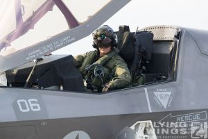 http://flying-wings.com/plugins/content/sige/plugin_sige/showthumb.php?img=/images/airshows/18_tsuiki/pacaf4/Tsuiki_Airshow_F-35-6164_Zeitler.jpg&width=396&height=300&quality=80&ratio=1&crop=0&crop_factor=50&thumbdetail=0
