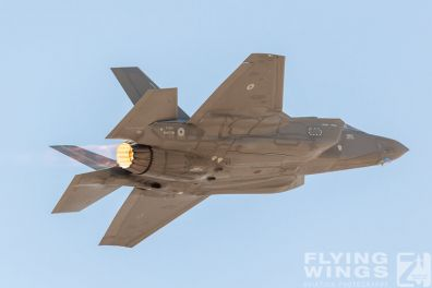 http://flying-wings.com/plugins/content/sige/plugin_sige/showthumb.php?img=/images/airshows/19_Blue_Flag/Italy/BlueFlag19_F-35A-0150_Zeitler.jpg&width=396&height=300&quality=80&ratio=1&crop=0&crop_factor=50&thumbdetail=0