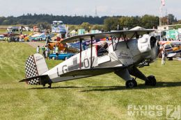 http://flying-wings.com/plugins/content/sige/plugin_sige/showthumb.php?img=/images/airshows/19_Hahnweide/Buecker_6/Hahnweide19_Bücker-2682_Zeitler.jpg&width=260&height=300&quality=80&ratio=1&crop=0&crop_factor=50&thumbdetail=0