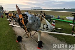 http://flying-wings.com/plugins/content/sige/plugin_sige/showthumb.php?img=/images/airshows/19_Hahnweide/Buecker_6/_Bücker-7663_Zeitler.jpg&width=260&height=300&quality=80&ratio=1&crop=0&crop_factor=50&thumbdetail=0