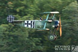 http://flying-wings.com/plugins/content/sige/plugin_sige/showthumb.php?img=/images/airshows/19_Hahnweide/Carlson_6/Hahnweide19_Fokker_DrI-9779_Zeitler.jpg&width=260&height=300&quality=80&ratio=1&crop=0&crop_factor=50&thumbdetail=0