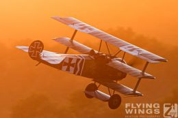 http://flying-wings.com/plugins/content/sige/plugin_sige/showthumb.php?img=/images/airshows/19_Hahnweide/Carlson_6/Hahnweide19_Fokker_DrI-9784_Zeitler.jpg&width=260&height=300&quality=80&ratio=1&crop=0&crop_factor=50&thumbdetail=0