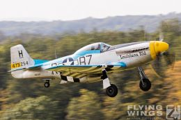 http://flying-wings.com/plugins/content/sige/plugin_sige/showthumb.php?img=/images/airshows/19_Hahnweide/Warbirds_9/Hahnweide19_P-51-9043_Zeitler.jpg&width=260&height=300&quality=80&ratio=1&crop=0&crop_factor=50&thumbdetail=0