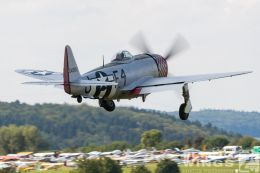 http://flying-wings.com/plugins/content/sige/plugin_sige/showthumb.php?img=/images/airshows/19_Hahnweide/bunt_9/Hahnweide19_P-47-5732_Zeitler.jpg&width=260&height=300&quality=80&ratio=1&crop=0&crop_factor=50&thumbdetail=0