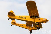 http://flying-wings.com/plugins/content/sige/plugin_sige/showthumb.php?img=/images/airshows/19_Hahnweide/gallery/Hahnweide19_Piper_Cub-9009_Zeitler.jpg&width=180&height=200&quality=80&ratio=1&crop=0&crop_factor=50&thumbdetail=0