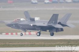 http://flying-wings.com/plugins/content/sige/plugin_sige/showthumb.php?img=/images/airshows/19_Marham/F-35B3/_F-35B-9320_Zeitler.jpg&width=260&height=300&quality=80&ratio=1&crop=0&crop_factor=50&thumbdetail=0
