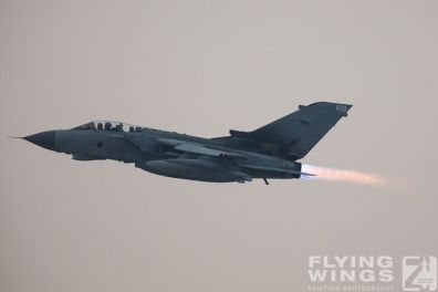 http://flying-wings.com/plugins/content/sige/plugin_sige/showthumb.php?img=/images/airshows/19_Marham/afterburner2/RAF_Tornado_GR4_Marham-6944_Zeitler.jpg&width=396&height=300&quality=80&ratio=1&crop=0&crop_factor=50&thumbdetail=0
