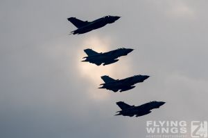 http://flying-wings.com/plugins/content/sige/plugin_sige/showthumb.php?img=/images/airshows/19_Marham/final2/RAF_Tornado_GR4_Marham-9552_Zeitler.jpg&width=396&height=300&quality=80&ratio=1&crop=0&crop_factor=50&thumbdetail=0