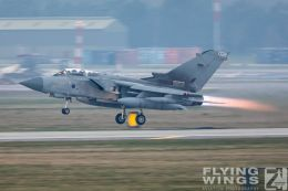 http://flying-wings.com/plugins/content/sige/plugin_sige/showthumb.php?img=/images/airshows/19_Marham/gallery/RAF_Tornado_GR4_Marham-6903_Zeitler.jpg&width=260&height=400&quality=80&ratio=1&crop=0&crop_factor=50&thumbdetail=0