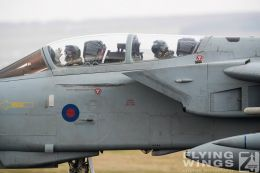 http://flying-wings.com/plugins/content/sige/plugin_sige/showthumb.php?img=/images/airshows/19_Marham/gallery/RAF_Tornado_GR4_Marham-9471_Zeitler.jpg&width=260&height=400&quality=80&ratio=1&crop=0&crop_factor=50&thumbdetail=0