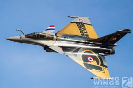http://flying-wings.com/plugins/content/sige/plugin_sige/showthumb.php?img=/images/airshows/19_Melun/AdlA_6/Melun_Rafale_Solo-4738_Zeitler.jpg&width=260&height=300&quality=80&ratio=1&crop=0&crop_factor=50&thumbdetail=0