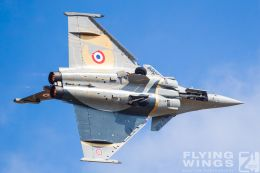 http://flying-wings.com/plugins/content/sige/plugin_sige/showthumb.php?img=/images/airshows/19_Melun/AdlA_6/Melun_Rafale_Solo-5081_Zeitler.jpg&width=260&height=300&quality=80&ratio=1&crop=0&crop_factor=50&thumbdetail=0