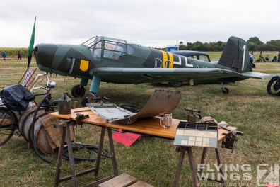 http://flying-wings.com/plugins/content/sige/plugin_sige/showthumb.php?img=/images/airshows/19_Melun/reenact_4/Melun_so-2093_Zeitler.jpg&width=396&height=300&quality=80&ratio=1&crop=0&crop_factor=50&thumbdetail=0