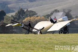 http://flying-wings.com/plugins/content/sige/plugin_sige/showthumb.php?img=/images/airshows/19_Omaka/12/Omaka_2019_Bleriot-0259_Zeitler.jpg&width=260&height=300&quality=80&ratio=1&crop=0&crop_factor=50&thumbdetail=0