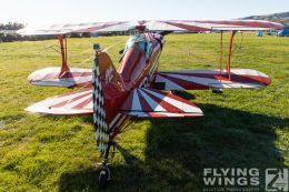 http://flying-wings.com/plugins/content/sige/plugin_sige/showthumb.php?img=/images/airshows/19_Omaka/13/Omaka_2019_Pitts_Special-7935_Zeitler.jpg&width=260&height=300&quality=80&ratio=1&crop=0&crop_factor=50&thumbdetail=0