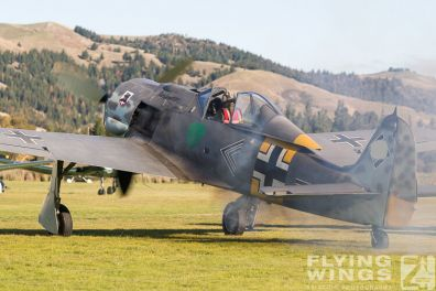 http://flying-wings.com/plugins/content/sige/plugin_sige/showthumb.php?img=/images/airshows/19_Omaka/5/Omaka_2019_FW190-9837_Zeitler.jpg&width=396&height=300&quality=80&ratio=1&crop=0&crop_factor=50&thumbdetail=0