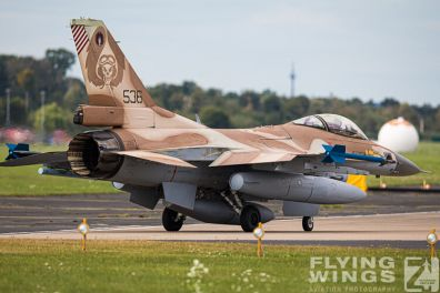 http://flying-wings.com/plugins/content/sige/plugin_sige/showthumb.php?img=/images/airshows/20_BlueWings/2-2/_F-16C-8454_Zeitler.jpg&width=396&height=300&quality=80&ratio=1&crop=0&crop_factor=50&thumbdetail=0