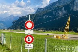 http://flying-wings.com/plugins/content/sige/plugin_sige/showthumb.php?img=/images/airshows/20_Meiringen/1/_scenery-2489_Zeitler.jpg&width=260&height=300&quality=80&ratio=1&crop=0&crop_factor=50&thumbdetail=0
