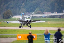 http://flying-wings.com/plugins/content/sige/plugin_sige/showthumb.php?img=/images/airshows/20_Meiringen/1/_scenery-8883_Zeitler.jpg&width=260&height=300&quality=80&ratio=1&crop=0&crop_factor=50&thumbdetail=0