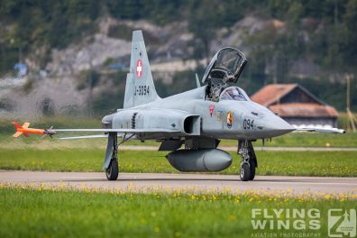 http://flying-wings.com/plugins/content/sige/plugin_sige/showthumb.php?img=/images/airshows/20_Meiringen/2/Meiringen_Tiger-8951_Zeitler.jpg&width=396&height=300&quality=80&ratio=1&crop=0&crop_factor=50&thumbdetail=0