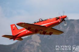http://flying-wings.com/plugins/content/sige/plugin_sige/showthumb.php?img=/images/airshows/20_Meiringen/3/Meiringen_PC-21-8937_Zeitler.jpg&width=260&height=300&quality=80&ratio=1&crop=0&crop_factor=50&thumbdetail=0