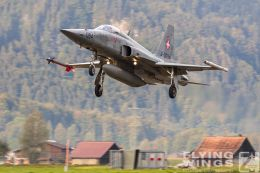 http://flying-wings.com/plugins/content/sige/plugin_sige/showthumb.php?img=/images/airshows/20_Meiringen/4/Meiringen_Tiger-9056_Zeitler.jpg&width=260&height=300&quality=80&ratio=1&crop=0&crop_factor=50&thumbdetail=0