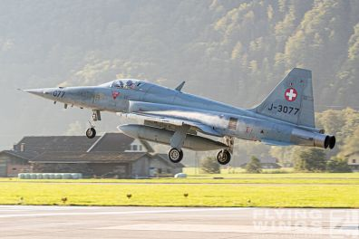 http://flying-wings.com/plugins/content/sige/plugin_sige/showthumb.php?img=/images/airshows/20_Meiringen/5/Meiringen_Tiger-9900_Zeitler.jpg&width=396&height=300&quality=80&ratio=1&crop=0&crop_factor=50&thumbdetail=0