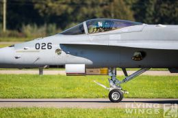 http://flying-wings.com/plugins/content/sige/plugin_sige/showthumb.php?img=/images/airshows/20_Meiringen/6/Meiringen_Hornet-9933_Zeitler.jpg&width=260&height=300&quality=80&ratio=1&crop=0&crop_factor=50&thumbdetail=0