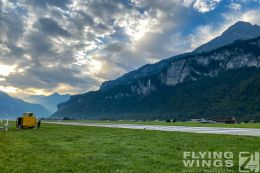 http://flying-wings.com/plugins/content/sige/plugin_sige/showthumb.php?img=/images/airshows/20_Meiringen/6/Meiringen_scenery-2467_Zeitler.jpg&width=260&height=300&quality=80&ratio=1&crop=0&crop_factor=50&thumbdetail=0