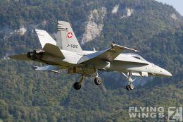 http://flying-wings.com/plugins/content/sige/plugin_sige/showthumb.php?img=/images/airshows/20_Meiringen/9/Meiringen_Hornet-0367_Zeitler.jpg&width=260&height=300&quality=80&ratio=1&crop=0&crop_factor=50&thumbdetail=0