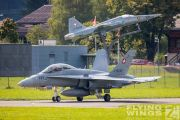 http://flying-wings.com/plugins/content/sige/plugin_sige/showthumb.php?img=/images/airshows/20_Meiringen/Gallery/Meiringen_Hornet-8556_Zeitler.jpg&width=180&height=200&quality=80&ratio=1&crop=0&crop_factor=50&thumbdetail=0