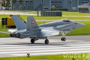 http://flying-wings.com/plugins/content/sige/plugin_sige/showthumb.php?img=/images/airshows/20_Meiringen/Gallery/Meiringen_Hornet-9377_Zeitler.jpg&width=180&height=200&quality=80&ratio=1&crop=0&crop_factor=50&thumbdetail=0