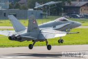 http://flying-wings.com/plugins/content/sige/plugin_sige/showthumb.php?img=/images/airshows/20_Meiringen/Gallery/Meiringen_Hornet-9483_Zeitler.jpg&width=180&height=200&quality=80&ratio=1&crop=0&crop_factor=50&thumbdetail=0