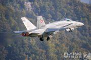 http://flying-wings.com/plugins/content/sige/plugin_sige/showthumb.php?img=/images/airshows/20_Meiringen/Gallery/Meiringen_Hornet-9941_Zeitler.jpg&width=180&height=200&quality=80&ratio=1&crop=0&crop_factor=50&thumbdetail=0