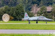 http://flying-wings.com/plugins/content/sige/plugin_sige/showthumb.php?img=/images/airshows/20_Meiringen/Gallery/Meiringen_Tiger-8361_Zeitler.jpg&width=180&height=200&quality=80&ratio=1&crop=0&crop_factor=50&thumbdetail=0