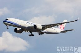 http://flying-wings.com/plugins/content/sige/plugin_sige/showthumb.php?img=/images/galleries/19_Taiwan/TPE_11/Taiwan_2019_China Airlines-6069_Zeitler.jpg&width=260&height=300&quality=80&ratio=1&crop=0&crop_factor=50&thumbdetail=0