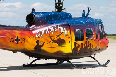 http://flying-wings.com/plugins/content/sige/plugin_sige/showthumb.php?img=/images/galleries/20_Niederstetten/2_3/Niederstetten_THR30_7308-4899_Zeitler.jpg&width=396&height=300&quality=80&ratio=1&crop=0&crop_factor=50&thumbdetail=0