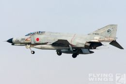 http://flying-wings.com/plugins/content/sige/plugin_sige/showthumb.php?img=/images/galleries/21_Japan_Phantoms/Gifu1/20051114-Japan_Komaki-6922_Zeitler.jpg&width=260&height=300&quality=80&ratio=1&crop=0&crop_factor=50&thumbdetail=0