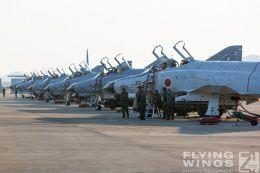 http://flying-wings.com/plugins/content/sige/plugin_sige/showthumb.php?img=/images/galleries/21_Japan_Phantoms/Gifu1/20141123-Gifu_F-4EJ-1750_Zeitler.jpg&width=260&height=300&quality=80&ratio=1&crop=0&crop_factor=50&thumbdetail=0