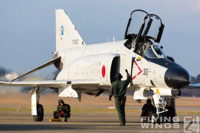 http://flying-wings.com/plugins/content/sige/plugin_sige/showthumb.php?img=/images/galleries/21_Japan_Phantoms/Gifu2/20141123-Gifu_301-1876_Zeitler.jpg&width=396&height=300&quality=80&ratio=1&crop=0&crop_factor=50&thumbdetail=0
