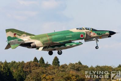 http://flying-wings.com/plugins/content/sige/plugin_sige/showthumb.php?img=/images/galleries/21_Japan_Phantoms/Hyakuri1/20051116-Japan_RF-4EJ-7851_Zeitler.jpg&width=396&height=300&quality=80&ratio=1&crop=0&crop_factor=50&thumbdetail=0