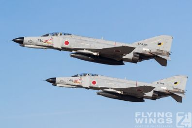 http://flying-wings.com/plugins/content/sige/plugin_sige/showthumb.php?img=/images/galleries/21_Japan_Phantoms/Hyakuri3/20181201-Hyakuri_Airshow_Formation-8643_Zeitler.jpg&width=396&height=300&quality=80&ratio=1&crop=0&crop_factor=50&thumbdetail=0