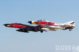 http://flying-wings.com/plugins/content/sige/plugin_sige/showthumb.php?img=/images/galleries/21_Japan_Phantoms/Hyakuri4/20181201-Hyakuri_Airshow_Specials-8940_Zeitler.jpg&width=260&height=300&quality=80&ratio=1&crop=0&crop_factor=50&thumbdetail=0