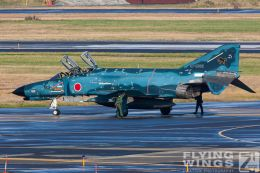 http://flying-wings.com/plugins/content/sige/plugin_sige/showthumb.php?img=/images/galleries/21_Japan_Phantoms/Misawa2/20051101-Japan_Phantom-0482_Zeitler.jpg&width=260&height=300&quality=80&ratio=1&crop=0&crop_factor=50&thumbdetail=0