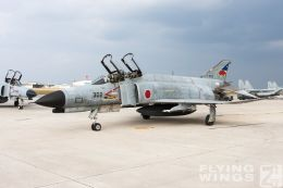 http://flying-wings.com/plugins/content/sige/plugin_sige/showthumb.php?img=/images/galleries/21_Japan_Phantoms/Naha2/20081214-_F-4-4202_Zeitler.jpg&width=260&height=300&quality=80&ratio=1&crop=0&crop_factor=50&thumbdetail=0