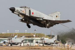http://flying-wings.com/plugins/content/sige/plugin_sige/showthumb.php?img=/images/galleries/21_Japan_Phantoms/Nyuta1/20051108-Japan_F-4-4277_Zeitler.jpg&width=260&height=300&quality=80&ratio=1&crop=0&crop_factor=50&thumbdetail=0