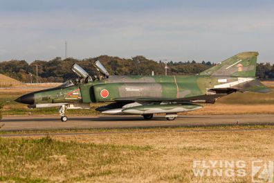 http://flying-wings.com/plugins/content/sige/plugin_sige/showthumb.php?img=/images/galleries/21_Japan_Phantoms/Phantoms/20051116-Japan_RF-4EJ-7540_Zeitler.jpg&width=396&height=300&quality=80&ratio=1&crop=0&crop_factor=50&thumbdetail=0
