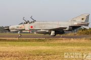 http://flying-wings.com/plugins/content/sige/plugin_sige/showthumb.php?img=/images/galleries/21_Japan_Phantoms/gallery/20051107-Japan_301-3167_Zeitler.jpg&width=180&height=200&quality=80&ratio=1&crop=0&crop_factor=50&thumbdetail=0