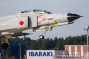 http://flying-wings.com/plugins/content/sige/plugin_sige/showthumb.php?img=/images/galleries/21_Japan_Phantoms/gallery/20111026-Hyakuri_F-4EJ-1861_Zeitler.jpg&width=180&height=200&quality=80&ratio=1&crop=0&crop_factor=50&thumbdetail=0